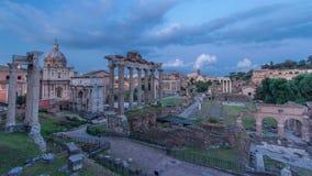 Rovine di forum Romanum il giorno della collina di Capitolium al timelapse di notte a Roma, Italia archivi video