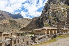 Rovine di inca di Ollantaytambo e terrazzi - Ollantaytambo, valle sacra, Perù immagine stock