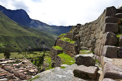 Rovine di inca di Ollantaytambo - valle sacra - il Perù Fotografia Stock