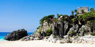 Rovine di Tulum nel paradiso tropicale Fotografia Stock Libera da Diritti