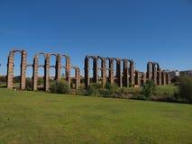 Rovine di un aquedotto romano Fotografia Stock
