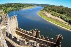 Rovine di un castello medievale, Almourol, Portogallo Immagine Stock
