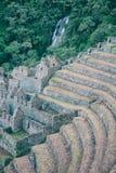 Rovine di una città antica su Inca Trail a Machu Picchu, Perù Fotografia Stock Libera da Diritti