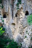 Rovine di una galleria romana antica in Italia fotografie stock