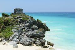 Rovine di una spiaggia maya antica della costruzione Immagine Stock