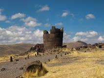 Rovine nella tomba della torre del Perù fotografia stock