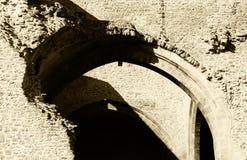 Rovine, pareti di pietra, medio evo, tonalità di seppia Fotografie Stock
