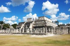 Rovine su zona di Chichen-Itza, Yucatan, Messico immagine stock