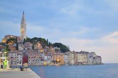 Rovinj老城镇在克罗地亚,亚得里亚海的海岸, Istra地区 库存图片