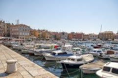 Rovinj-Hafen, Kroatien Stockbilder