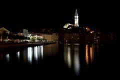 Rovinj par nuit (Croatie) Images libres de droits