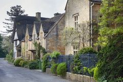 Row of Cotswold cottages Royalty Free Stock Photography