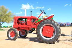 Antique American Tractor: 1948 Leader Stock Photography