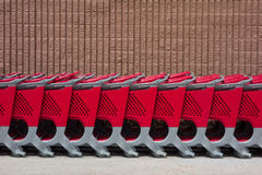 Free Row Of Shopping Carts Royalty Free Stock Images - 31400229