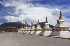 Row of stupas at the gate of Deqing city, Yunnan, China Stock Photo