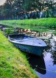 Rowboat полюбленный колодцем Стоковые Изображения RF