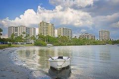 Rowboat del centro del litorale del golfo Fotografie Stock