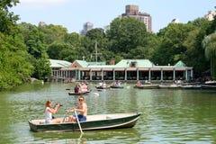 Rowboats на озере на Central Park в Нью-Йорке Стоковое Изображение RF