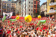 Сrowd waiting the opening of San Fermin festival Royalty Free Stock Photos