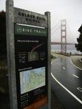 rowerów ślada przy Golden gate bridge zdjęcia stock