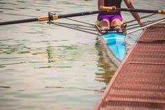 Rower στην αποβάθρα Στοκ εικόνες με δικαίωμα ελεύθερης χρήσης