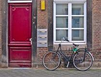 rowerowa drzwiowa czerwień Zdjęcia Stock