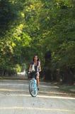rowerowa jeździecka kobieta Obraz Royalty Free