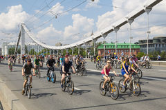 Rowerowa parada w Moskwa w poparciu dla kolarstwo infrastruktury rozwój, Moskwa Zdjęcia Royalty Free
