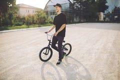 rowerowi bmx jeźdza potomstwa Obraz Royalty Free