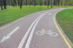 Rowerowy pas ruchu - Akcyjne fotografie (cykl ścieżka) Fotografia Stock