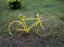 rowerowy stary kolor żółty Fotografia Royalty Free
