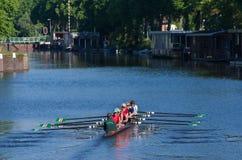Rowers в канале Стоковые Фотографии RF