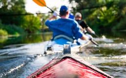 Rowers на каное Стоковая Фотография