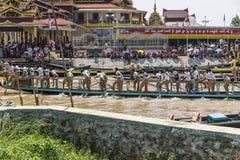 Rowers на шлюпке Стоковое Изображение