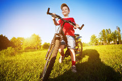 roweru chłopiec stary sześć rok Fotografia Royalty Free