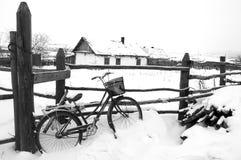 roweru ogrodzenia dom Obrazy Royalty Free