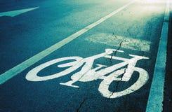 Roweru pas ruchu, droga dla bicykli/lów Zdjęcia Royalty Free