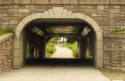 roweru pieszy tunel Zdjęcia Royalty Free