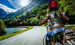 Rowerzysta dziewczyny osoby widok obraz stock