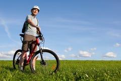 rowerzysta góra Zdjęcia Royalty Free