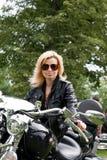 rowerzysty dziewczyny motocykl obrazy stock