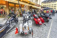 Rowerzysty ` wkurza kogoś out w miasteczku Fotografia Stock