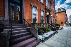 Rowhouses i Mount Vernon, Baltimore, Maryland Royaltyfria Bilder