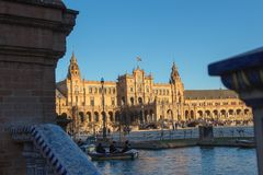 Rowing at the pond of plaza de Espana royalty free stock images