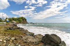 Roxborough tropisk strand och hav - Tobago tropisk ö Arkivfoto