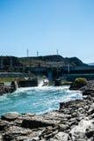Roxburgh水坝动力火车在Clutha河,南岛,新的Ze 免版税库存图片