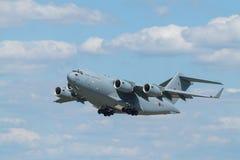 Royal Air Force C-17A en Praga Foto de archivo libre de regalías