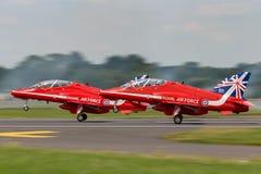 Royal Air Force RAF British Aerospace Hawk T 1 XX322 des Royal Air Force-Flugschauteams die roten Pfeile Lizenzfreie Stockbilder