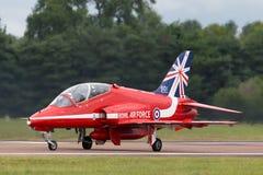 Royal Air Force RAF British Aerospace Hawk T 1 XX244 des Royal Air Force-Flugschauteams die roten Pfeile Lizenzfreie Stockfotos