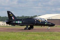 Royal Air Force RAF domokrążcy Siddeley jastrząb T 1A XX218 od 208R eskadry, Nie 4 Latający centrum szkoleniowe opierający się pr zdjęcie stock